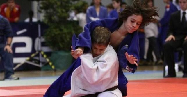 Judoka onubense en plena competición.