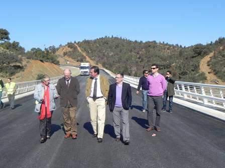 Visita al puente de Paymogo.