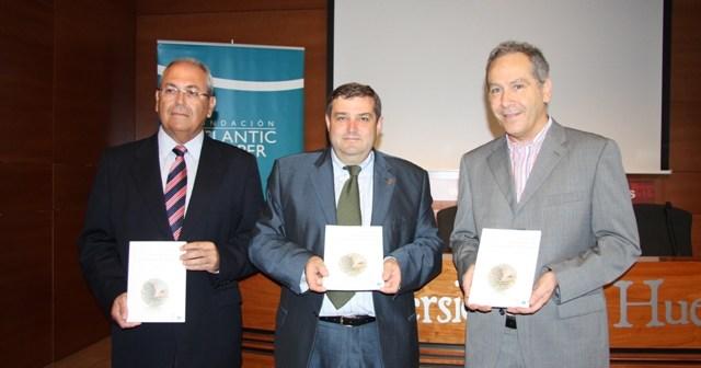 Firmantes del acuerdo entre la UHU y Atlantic Copper.