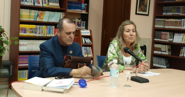 Juan Cobos Wilkins y Ana Mora.
