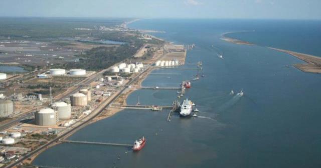 Imagen aérea del Puerto de Huelva.