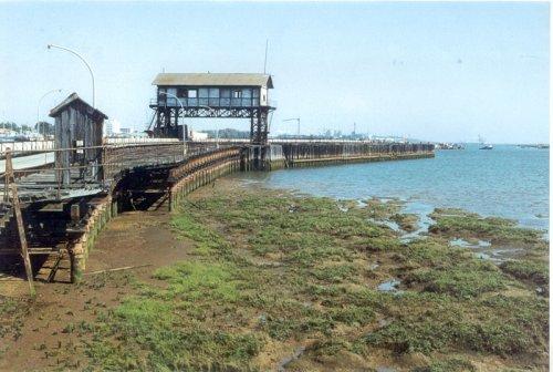 Muelle embarcadero de Tharsis, en Corrales.