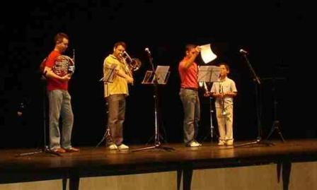 Actuación de alumnos de la Escuela de Música de Lepe.