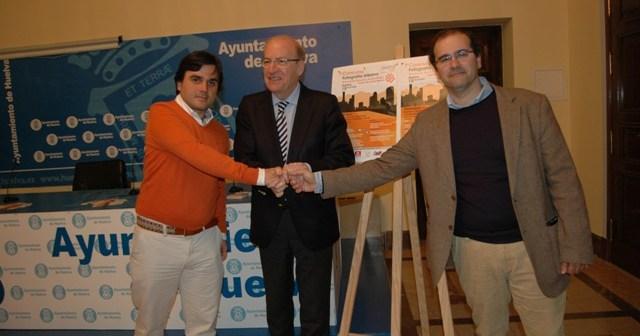 Presentación en el Ayuntamiento de Huelva de la actividad solidaria.