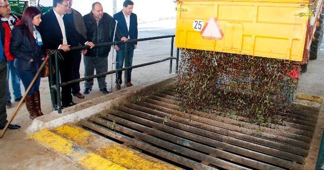 Visita a Olibeas del presidente de la Diputación.