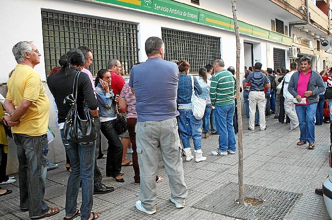 El desempleo sube en la provincia un 1 86 hasta situarse for Oficina de empleo huelva