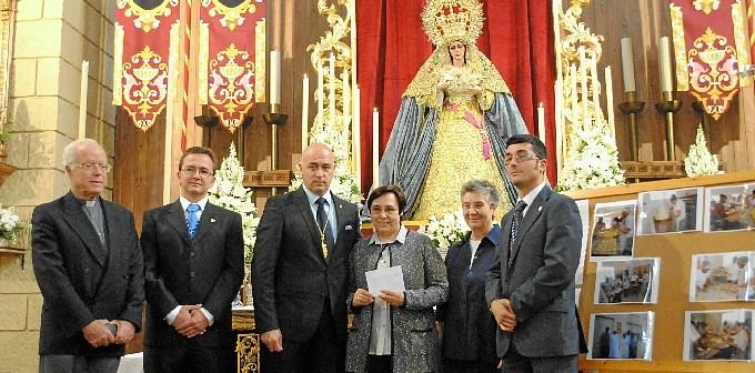 La Hermandad de la Victoria ha celebrado cultos y actos con motivo del primera aniversario de la coronación canónica de la Virgen.