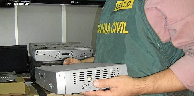 Aparatos intervenidos por la Guardia Civil.