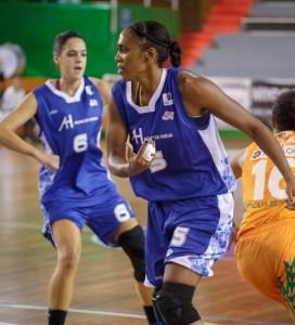 Cindy Lima, jugadora de CB Conquero.