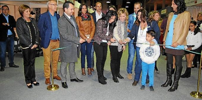 Inauguración de la Feria de la Boda en Valverde.