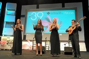 Actuación durante la gala de apertura.