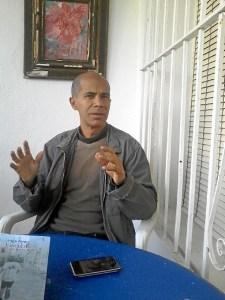 El escritor venezolano Edgar Borges.
