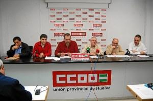 Rueda de prensa de los responsables de CCOO que han criticado a la presidenta del Puerto.