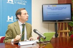 Márquez presenta el plan de actuaciones de la Diputación en La Rábida.