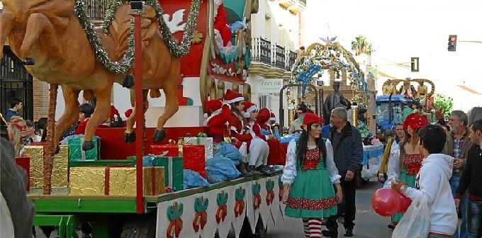 Cabalgata de Reyes Magos en San Juan del Puerto.