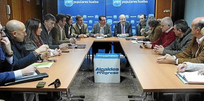 Reunión del consejo de alcalde del PP.