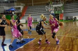 Nina Bogicevic, jugadora de CB Conquero.