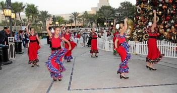 Uno de los bailes de las niñas de Ana Pérez en el Medinat Jumeira.