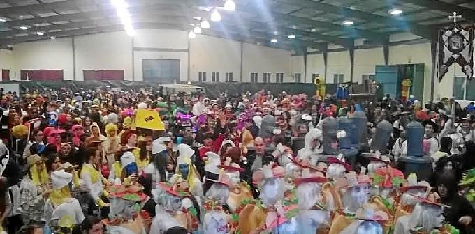 Fiesta de Disfraces en el Pabellon Ferial