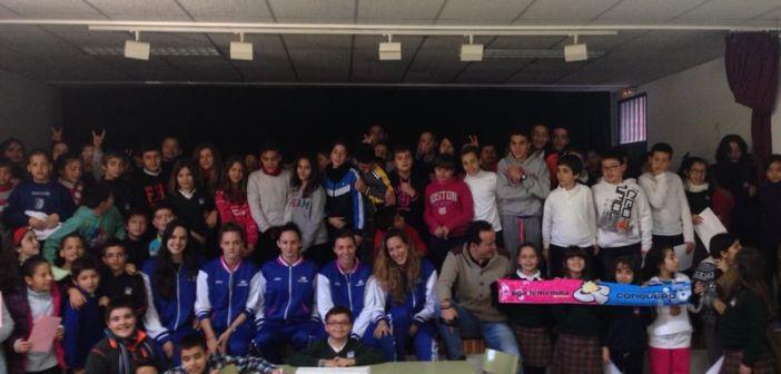 Visita del CB Conquero al Colegio Público Arias Montano.