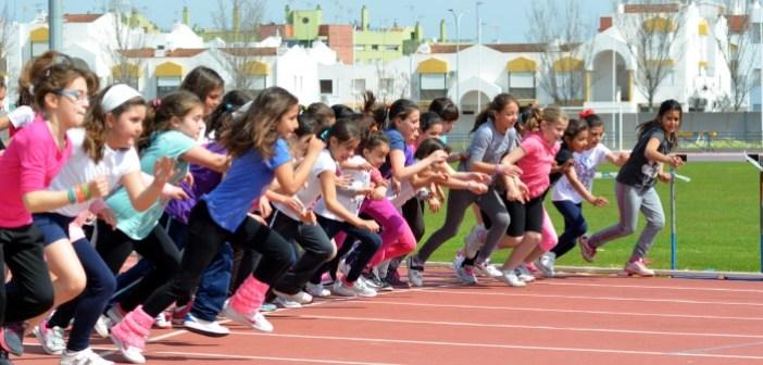 Miniolimpiadas de atletismo en Ayamonte.