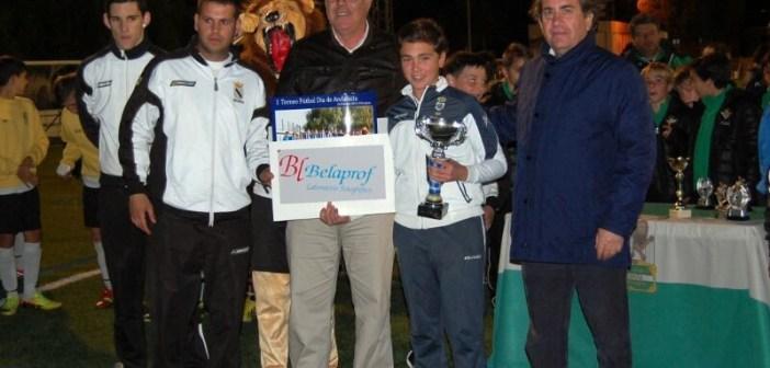 Recreativo, campeón alevín e infantil del torneo en Gibraleón.