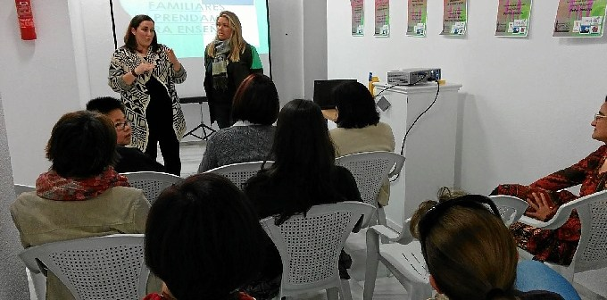 Escuela de Padres La Palma-323prensa