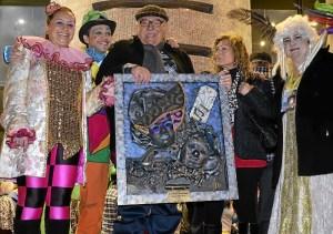 La Alcaldesa, el presidente de la ACI, Paco Bueno y la Teniente de Alcalde y concejala de Festejos