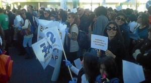 Protesta Pascual Blanca Paloma-313