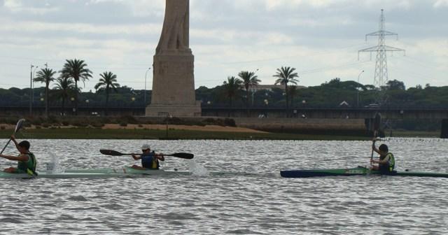 Trofeo de piragüismo en Huelva.