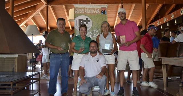 Entrega de premios del Trofeo de golf en La Monacilla.
