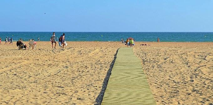 Playa Nuevas pasarelas