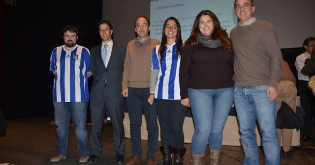 Primera directiva del Recreativo Supporters Trust con su presidenta Irene Núñez.