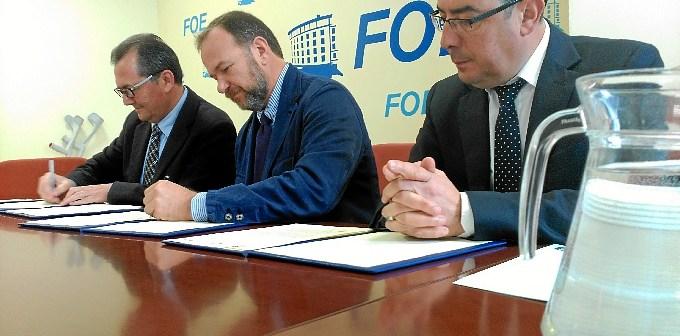 Firma_convenio_FOE_Prensa