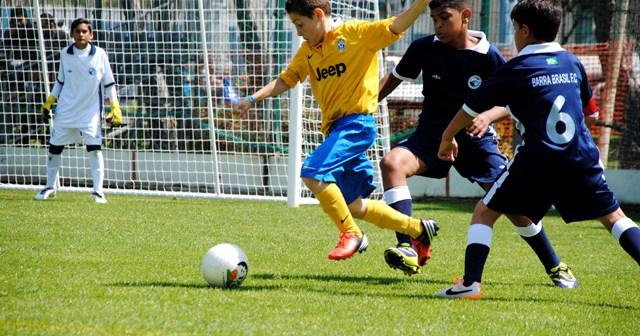 Mundialito de fútbol base en Ayamonte.