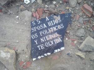 escombros-lapida-300x225