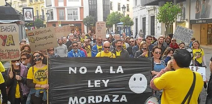 Imagen de archivo de una protesta de la PAH contra la 'ley mordaza' en marzo.
