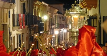 moguer semana santa martes-espectacular martes santo en moguer