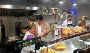 8.5.15 Gabriel Cruz en el Mercado del Carmen (3)