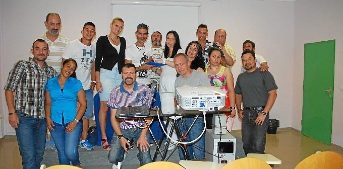 rafael adamuz en el club de lectura de la carcel de Huelva-082