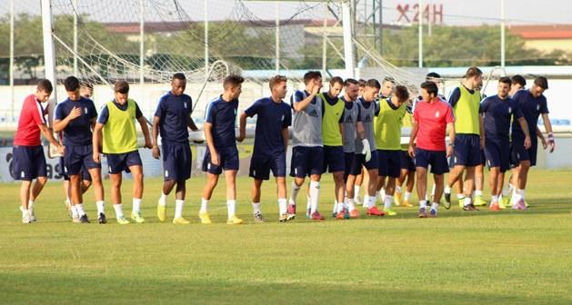 Futbolistas del Recreativo en el primer entrenamiento de pretemporada.