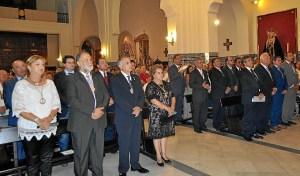 La Alcaldesa de Isla Cristina, Antonia Grao en Misa previa al Pregon junto al resto de autoridades, pregonero y representantes de las hermandades
