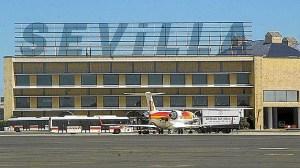 aeropuerto-sevilla-menos-pasajeros-644x362