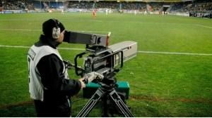 Cámara de televisión durante un partido.