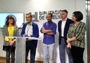 Recepción a Emilio Martín en la Diputación de Huelva.