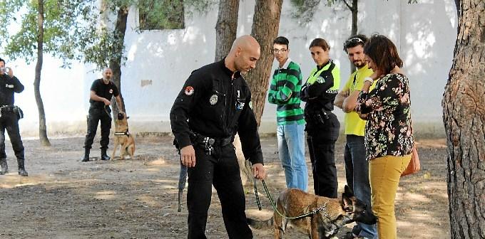 unidad canina en La Palma del Condado 7687prensa