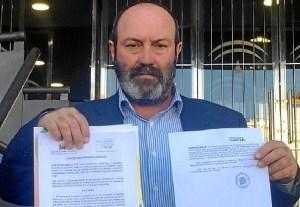 Pedro Jimenez tras registrar la denuncia en la Fiscalia de Huelva