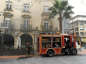 foto incendio plaza las monjas 2