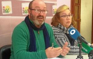 Pedro Jimenez y Monica Rossi en RP IU Huelva 12 enero 2016