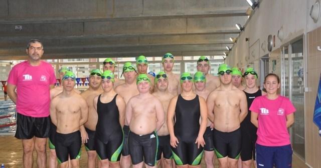 Nadadores del Club Onubense de Deporte Adaptado.